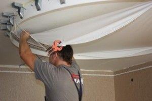 Проведение установки пластиковых потолков