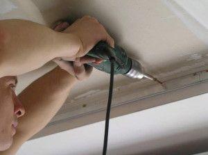 Способы крепления полотна натяжных потолков