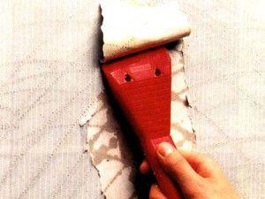 Як швидко зняти шпалери зі стін