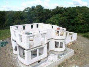 Як побудувати будинок з газоблоків