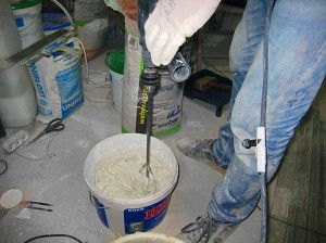 Как приготовить грунтовку для потолка