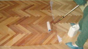 Підготовка дерев'яної підлоги до лакування