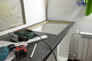 Як в раковині зробити отвір під змішувач?
