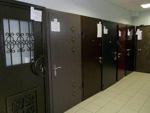 Металеві двері та їх особливості