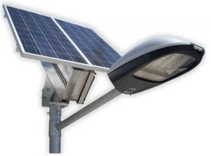уличный свет на солнечных батареях