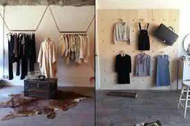 одежда в интерьере