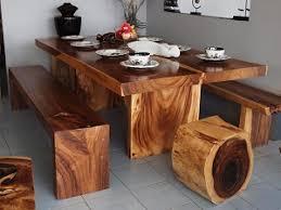 Обеденные столы из массива дерева